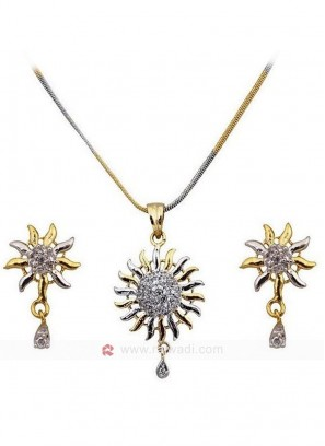 The Rising Sun American Diamond Pendant Set
