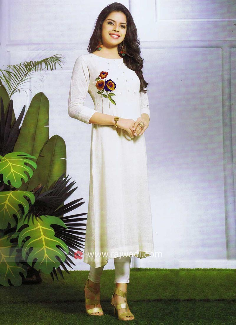 Thread Embroidered Off White Kurti