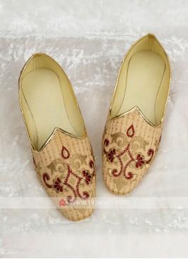 Thread Work Silk Mojari