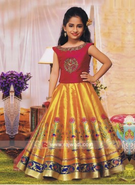 Traditional Kids Choli Suit with Dupatta