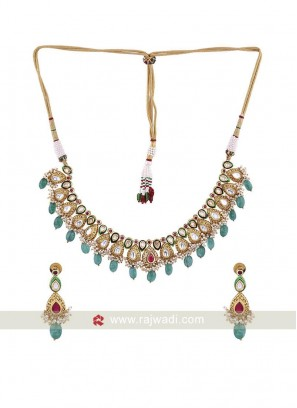 Traditional Kundan Necklace Set