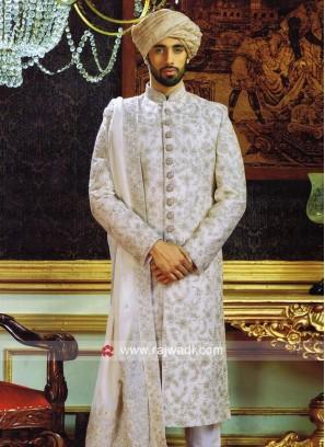 Traditional Silk Fabric Sherwani With Stylish Stole
