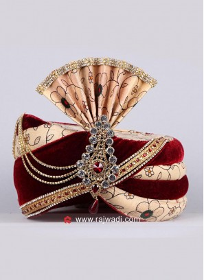 Velvet Fabric Safa With Stylish Broach