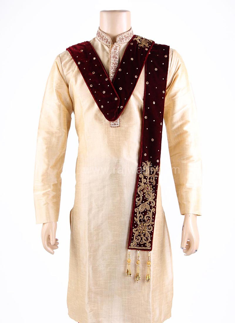 Velvet Groom Dupatta in Maroon