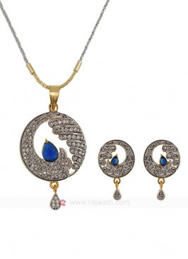 Waves of Zircon Blue Pendant Set