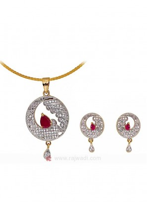 Waves of Zircon Pendant Set