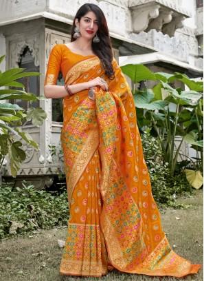 Weaving Silk Traditional Saree in Yellow