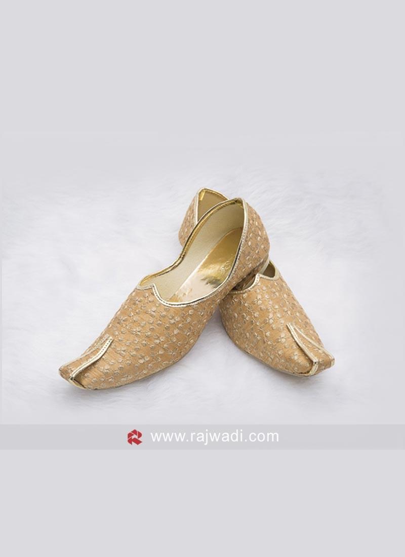 Wedding Golden Mojari