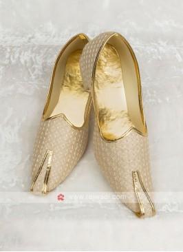 Wedding Mojari In Golden Color