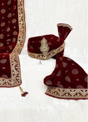 Wedding Velvet Turban And Dupatta In Maroon Color