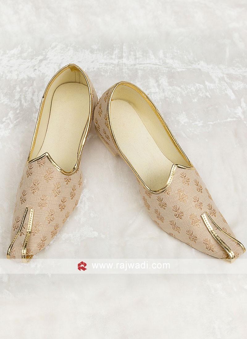 Wedding Wear Brocade Silk Mojari