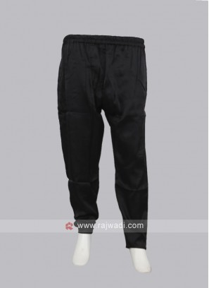Women Black Regular Fit Solid pyjama