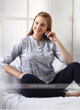 Women flower printed night suit