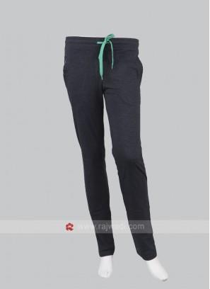 Women Matt Black Solid Track Pants