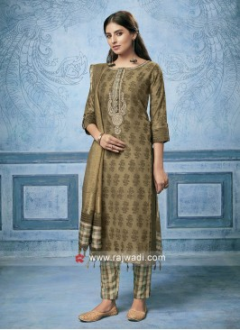 Zari and Resham Work Salwar Kameez