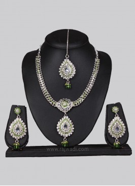 Zinc Alloy Traditional Drop Necklace Set with Maang Tikka
